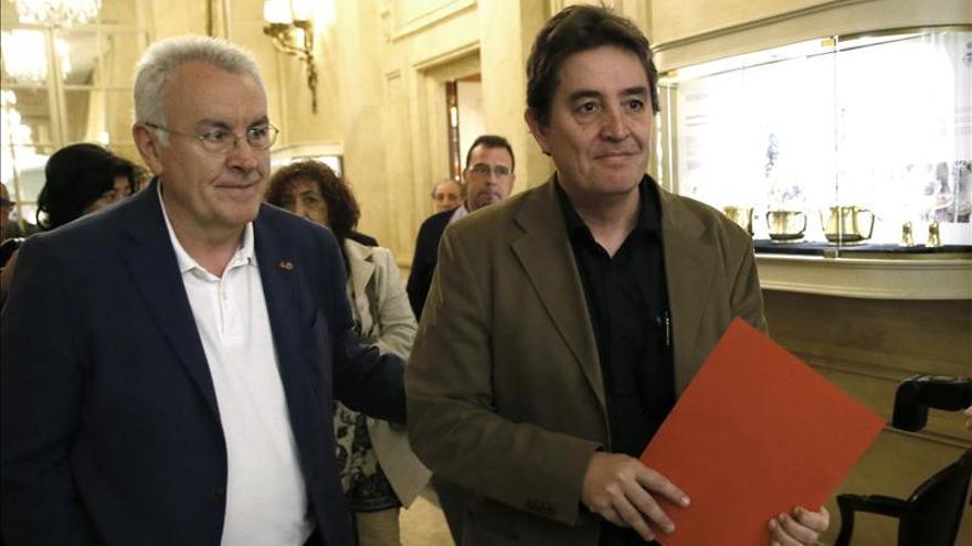 García Montero dice que la centralidad de Podemos le recuerda a Felipe González