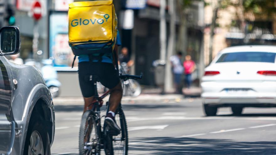 El TSJM valida el modelo laboral de Glovo basado en 'riders' autónomos