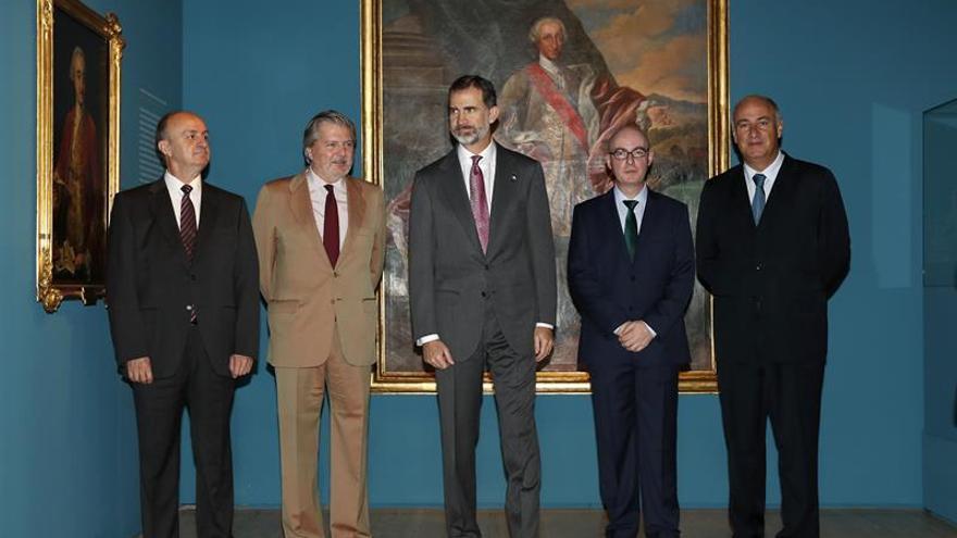 El Rey inaugura la nueva exposición sobre la figura y el legado de Carlos III