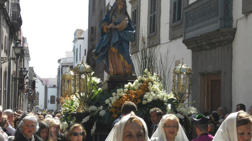 Procesión de Las Mantillas en Las Palmas de Gran Canaria (EFE).