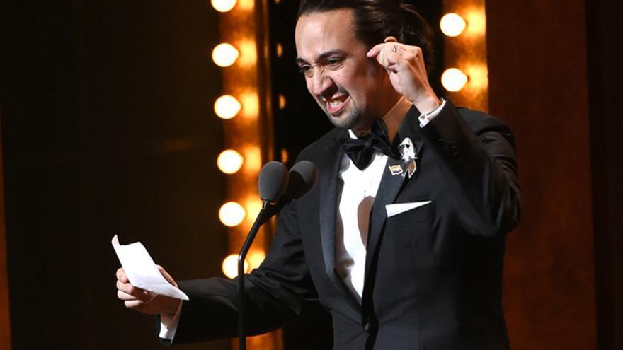 Lin-Manuel Miranda durante su discurso en los premios Tony 2016