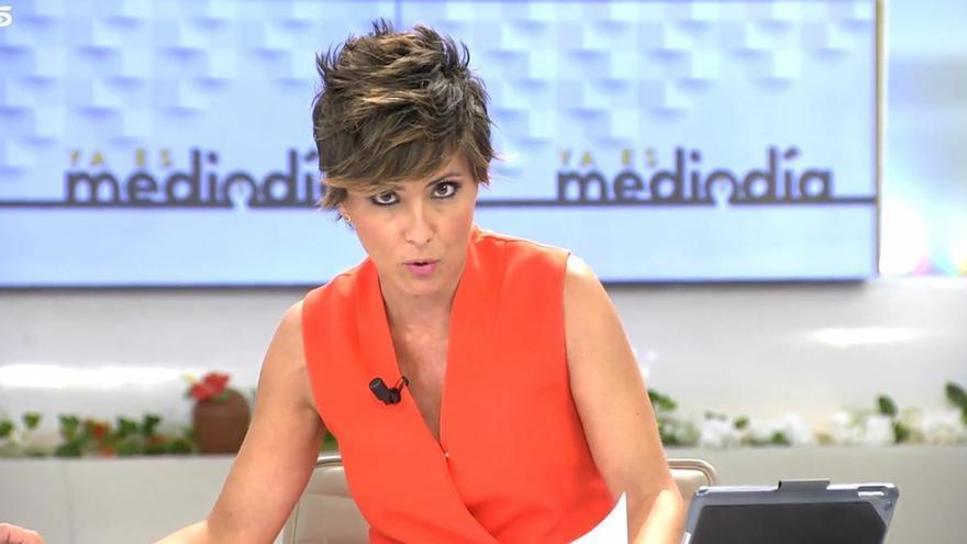 """Sonsoles Ónega pide perdón en directo por un comentario sobre la investidura: """"Vamos a estar corriendo como negros"""""""