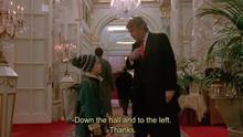 Fotograma del cameo de Donald Trump en Solo en Casa 2 junto con Macaulay Culkin