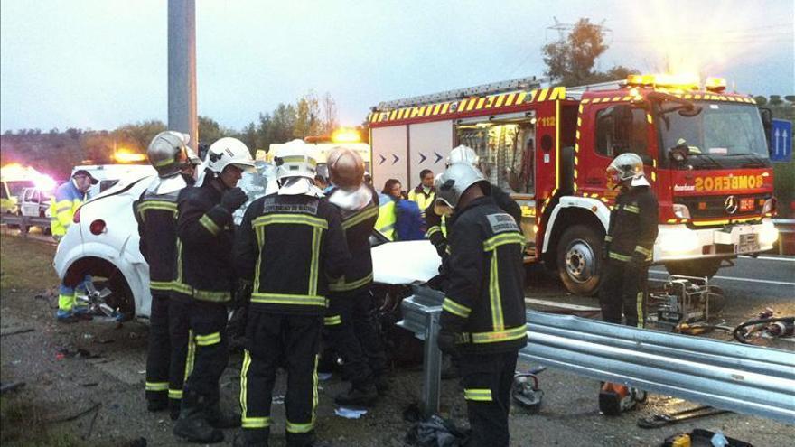 Ocho muertos y cuatro heridos graves en las carreteras en el fin de semana