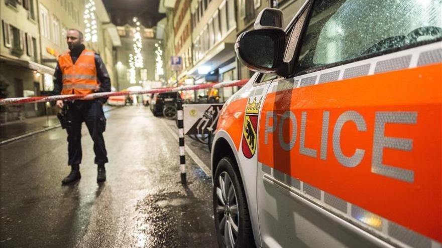 Las autoridades suizas elevan el nivel de alerta en Ginebra y buscan terroristas