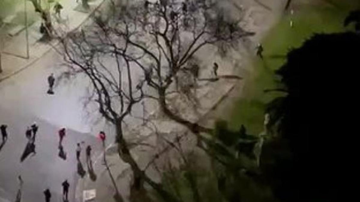 Enfrentamiento entre barras de Estudiantes y Gimnasia