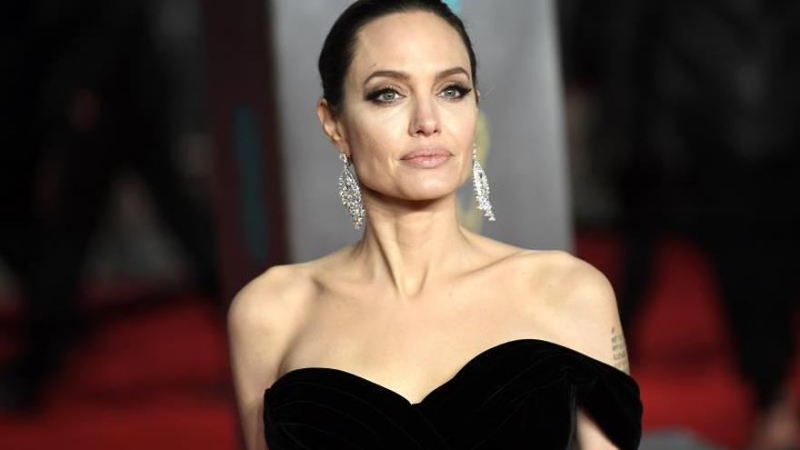 La actriz estadounidense Angelina Jolie no descarta meterse en política