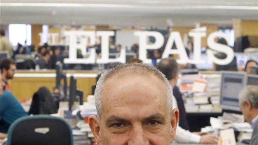 """El director de El País asegura que no cree """"en el periodismo social"""""""
