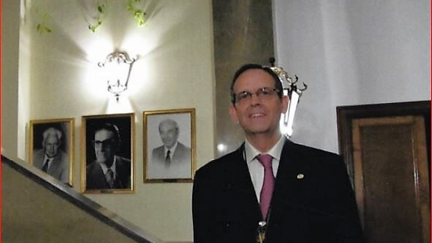 Arturo Sanabria Tienza veterinario