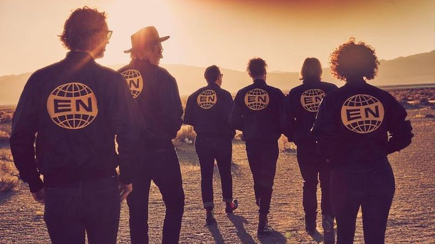 Arcade Fire en el videoclip de 'Everything Now'