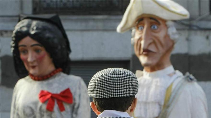 Las Fiestas de San Isidro arrancan con el desfile de gigantes y cabezudos